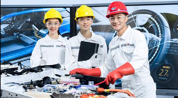 智能网联与新能源汽车服务-北京万通汽车学校